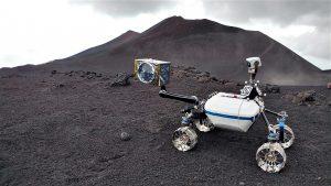 Momenti della sperimentazione sull'Etna, foto dal portale DLR (Centro Aerospaziale Tedesco)
