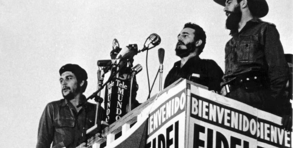 Fidel Castro con il Che Guevara e Cienfuegos
