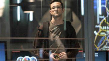 Una scena del film Snowden (da Cooming Soon