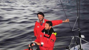 Giovanni Soldini in barca (foto Ansa)