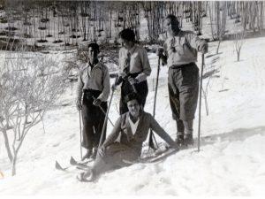 1931. famiglia Zipper: da sinistra Siegfried, Herta, Franz, in basso Jole