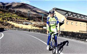Vincenzo Nibali sull'Etna, al Rifugio Sapienza. Foto Gazzetta.it