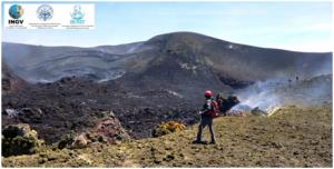 Interno del Cratere Centrale dell'Etna, visto dal suo orlo occidentale