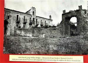 L'ex Monastero oggi sede del Parco in una rara foto di George Wilson del 1846. Dalla mostra sulla storia di Nicolosi (agosto 2017), archivio Turi Gemmellaro,