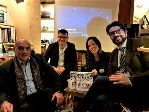 La presentazione del libro a Carania: da sinistra Giuseppe Costanza, Riccardo Tessarini e i giornalisti Katya Maugeri. che ha condotto brillantemente l'incontro e Francesco Santocono