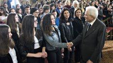 Il Presidente Sergio Mattarella incontra i ragazzi vincitori del concorso nazionale promosso dal Ministero dell'Istruzione, dell'Università e delle Ricerca dal titolo Le Madri della Costituzione
