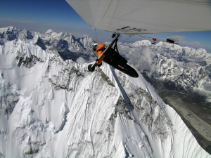 Angelo in volo sull'Everest
