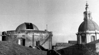 La cupola dell'osservatorio e quella di S.Nicola l'Arena