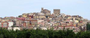 Il Borgo medioevale e le nuove costruzioni (Foto S. Scalia)