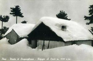 Il Rifugio negli anni 50, in una cartolina da foto del Cav. C. Greco (collezione personale)
