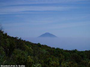 L'isola di Stromboli vista da Panarea (Foto S. Scalia)