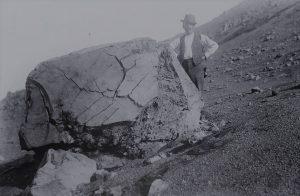 Bomba a crosta di pane, foto degli anni '20 di L. Sicardi