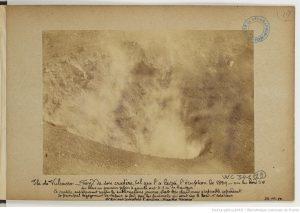 Émile Chaix, Isola di Vulcano: fondo del cratere come l'ha lasciato l'eruzione del 1889, vista da sud-ovest