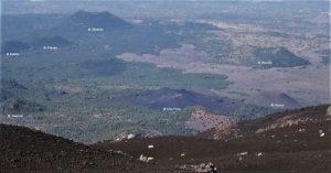 L'area del versante occidentale etneo e la posizione dai Monti De Fiore tra gli altri coni avventizi (Foto S. Scalia)