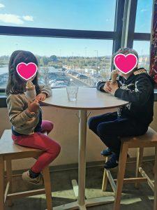Bianca ed Elia da Ikea